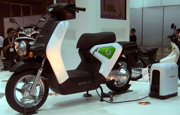 La motoneta EV Neo de Honda será producida para finales del 2010