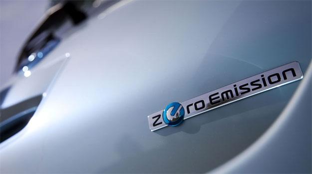 Nissan lanza su cargador rápido de baterías