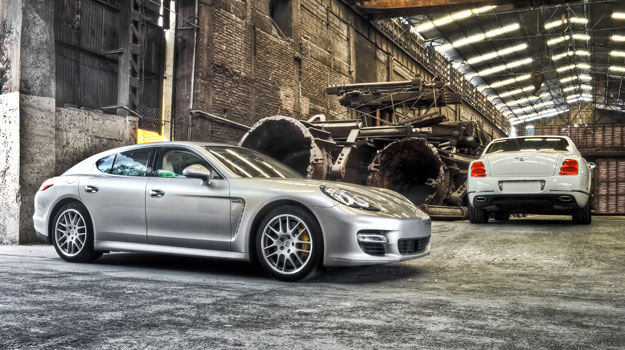 Bentley Continental Flying Spur Vs Porsche Panamera Turbo