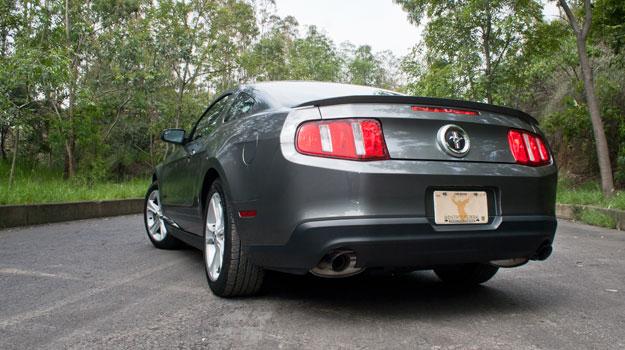 Ford Mustang V6 2011 a prueba