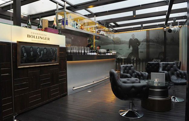 Exclusivo Aston Martin Club Lounge en Singapur