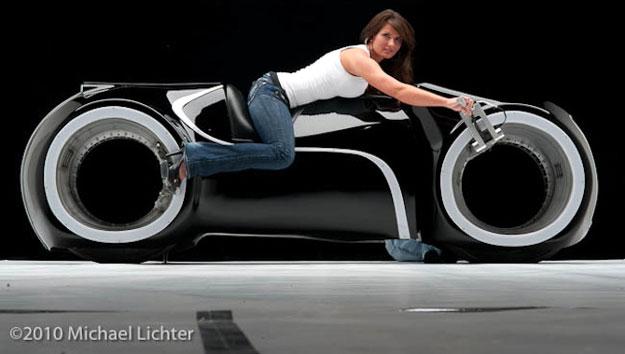 Tron Cycle, salta del mundo virtual, a la realidad.