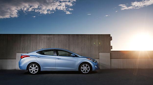 Hyundai Elantra 2011 debuta en el Salón de Los Angeles
