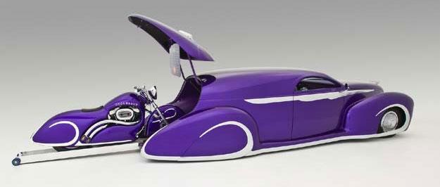 DECO LINER un Lincoln del 39 con una moto interior