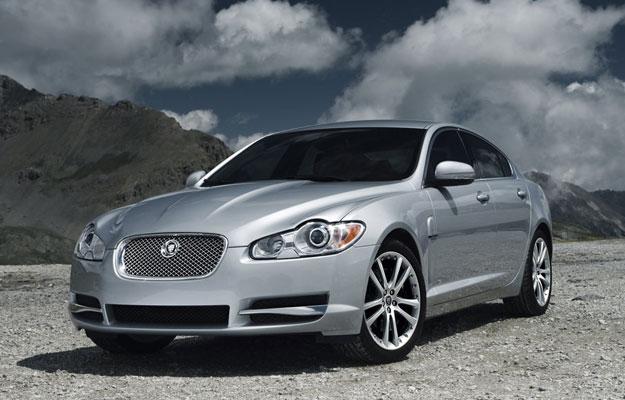 Jaguar XK y XF 2010 a revisión