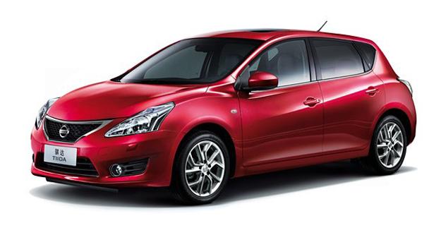 Nissan Tiida 2012 se presenta en el Salón de Shanghai.