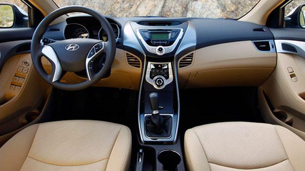 Hyundai utilza piedra volcánica para fabricar tableros de autos