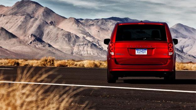 Dodge Grand Caravan RT 2011 debuta en Chicago