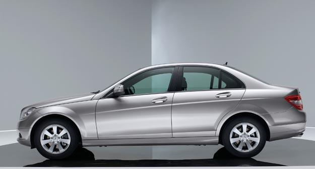 """Llega un nuevo Mercedes-Benz Clase C, a un precio """"imbatible"""""""