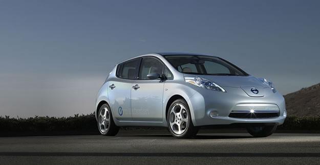 El auto totalmente eléctrico Nissan Leaf costará desde 25,280 dólares