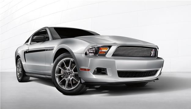 Ford Mustang V6 2011, ahora con 305hp se presenta en Los Ángeles 2009
