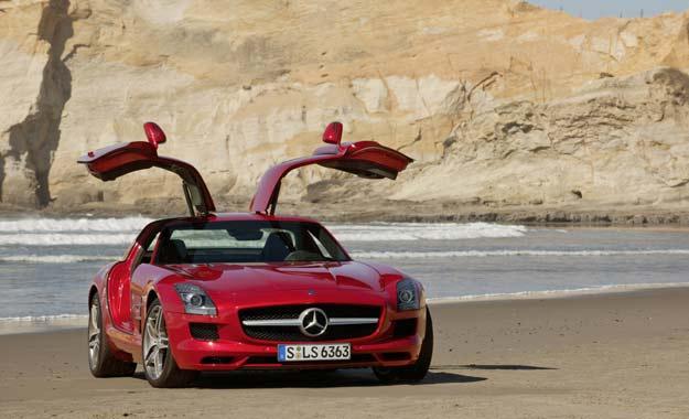 Mercedes-Benz SLS AMG: un superdeportivo irresistible