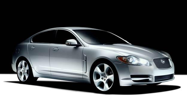 Los Volvo XC60 y Jaguar XF debutan en Autoclásica