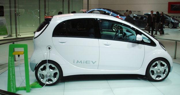 Mitsubishi I-MIEV: primer auto eléctrico a la venta