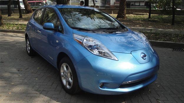 Nissan presenta el Leaf en México