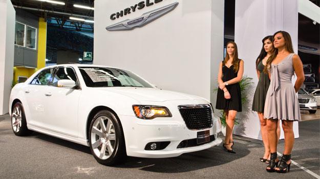 Chrysler 300 SRT8 2012 se presenta en el Salón de Guadalajara 2011