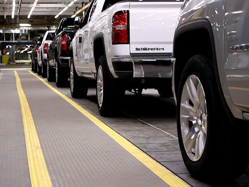 General Motors detendrá operaciones en cinco plantas de América del Norte