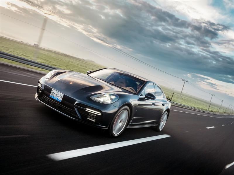 Manejamos el Porsche Panamera Turbo 2017