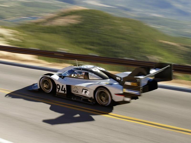 Volkswagen I.D. R Pikes Peak bate récord de Peugeot