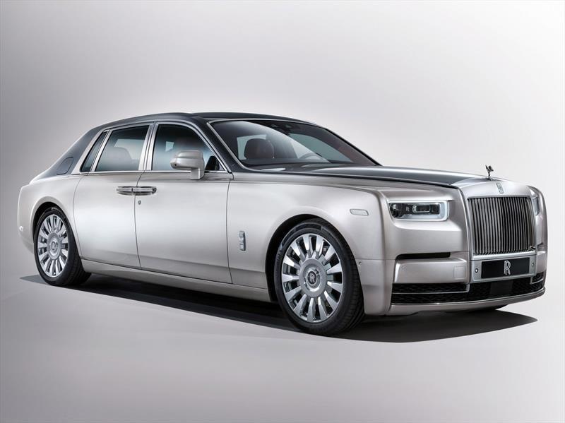 Rolls-Royce Phantom VIII 2018, lo máximo en lujo y elegancia