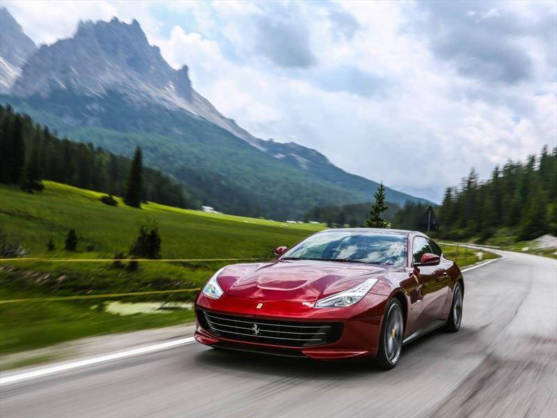 El Ferrari GTC4Lusso ya está disponible en Chile