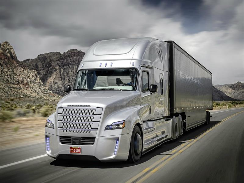 Freightliner Inspiration Truck, el primer camión autónomo con licencia para circular