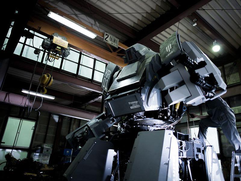 Kuratas, un gigante de acero sobre ruedas
