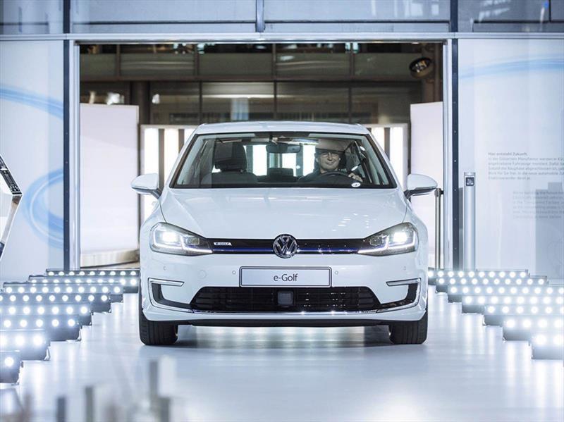 Un nuevo Volkswagen Golf eléctrico con 300 km de autonomía