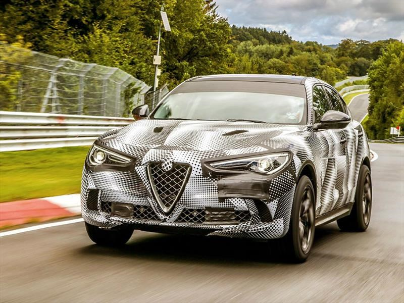 Alfa Romeo Stelvio Quadrifoglio es la SUV más rápida en Nürburgring