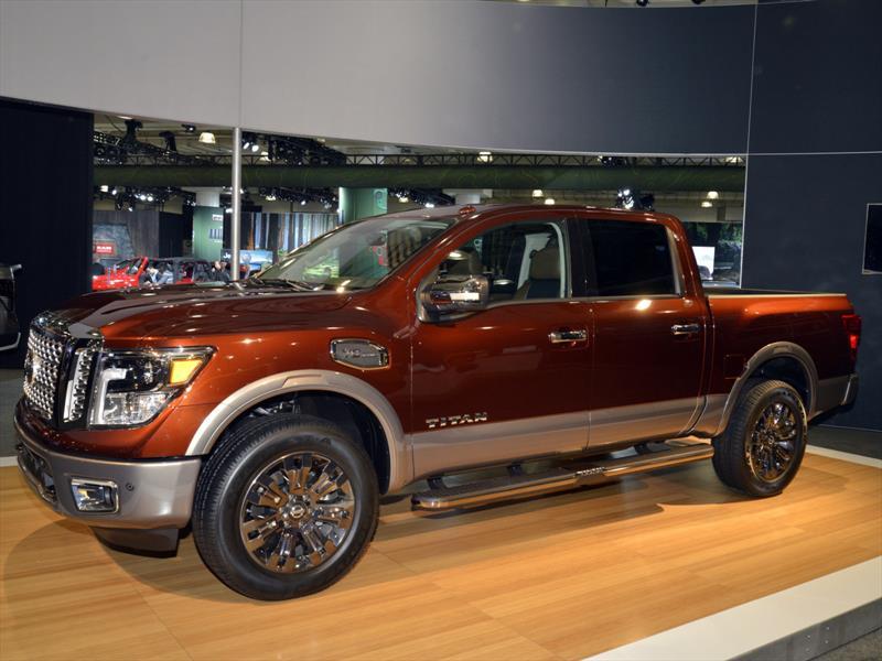 Nissan Titan Crew Cab 2017 se presenta