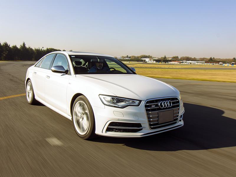 Audi S6, piel de sedán, alma de superdeportivo