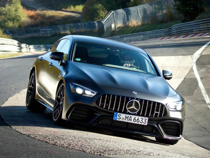 Mercedes-AMG GT 63 S obtiene el récord del auto cuatro plazas más rápido de Nürburgring