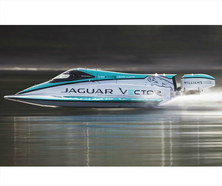 Jaguar Vector V20E rompe el récord del bote eléctrico más rápido del mundo