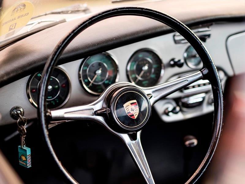 Los volantes más hermosos en la historia del automóvil