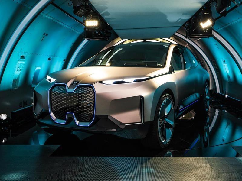 BMW Vision iNext Concept debuta