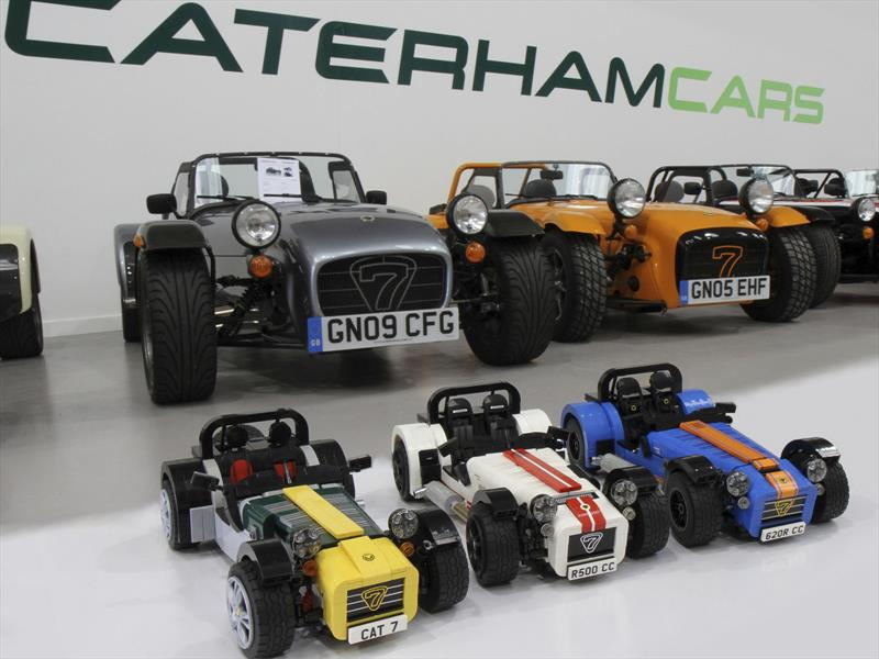 Caterham Seven estrena kit oficial de LEGO