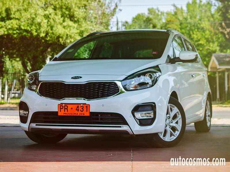 Test Drive Kia Carens 2017 Autocosmos Com