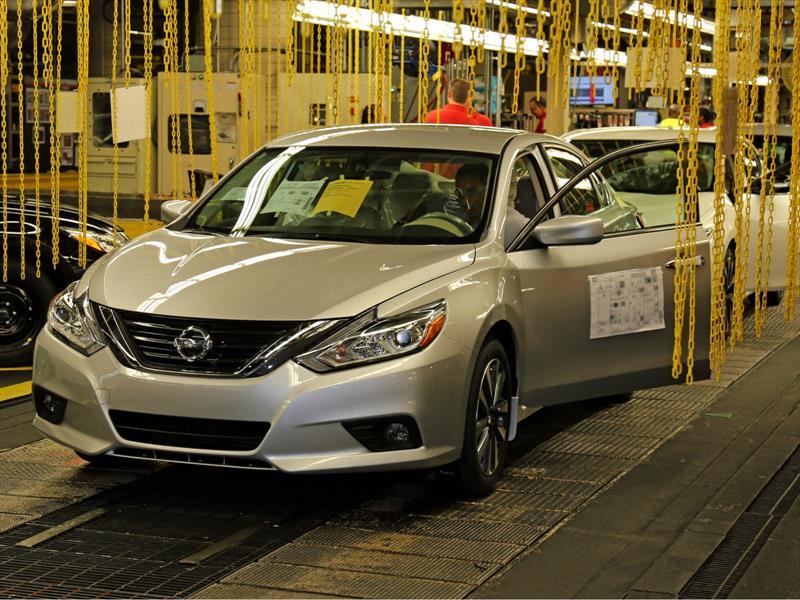 Nissan Altima 2016 inicia producción