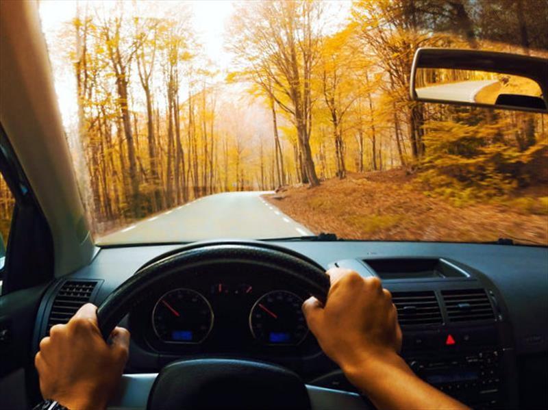 Consejos para conducir durante el otoño