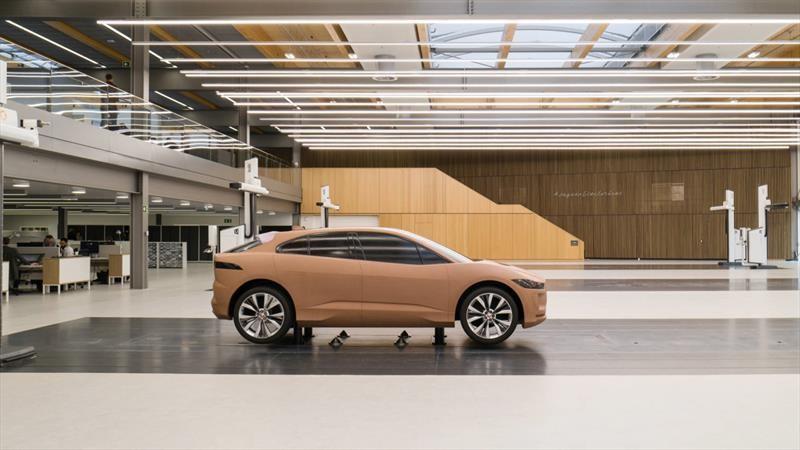 Jaguar tiene nuevo centro de diseño en Inglaterra