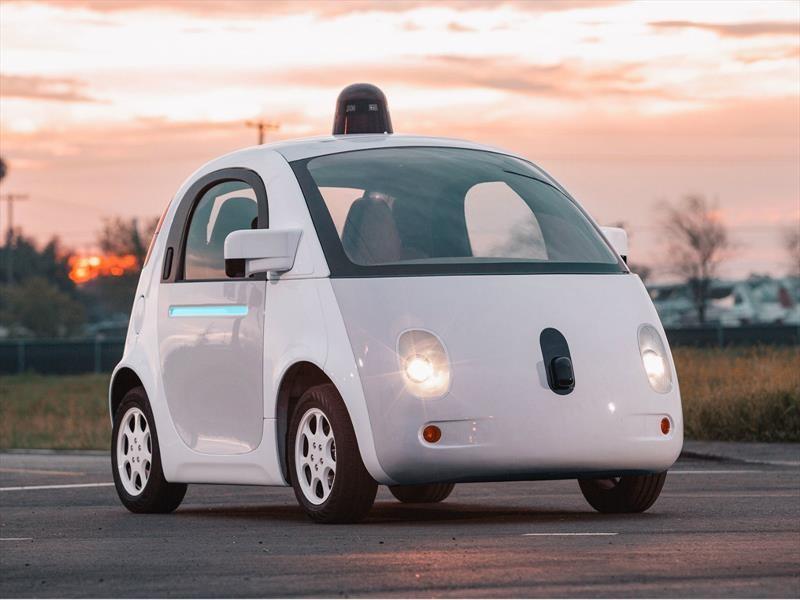Alianza Renault-Nissan-Mitsubishi se asocia con Google para producir vehículos autónomos