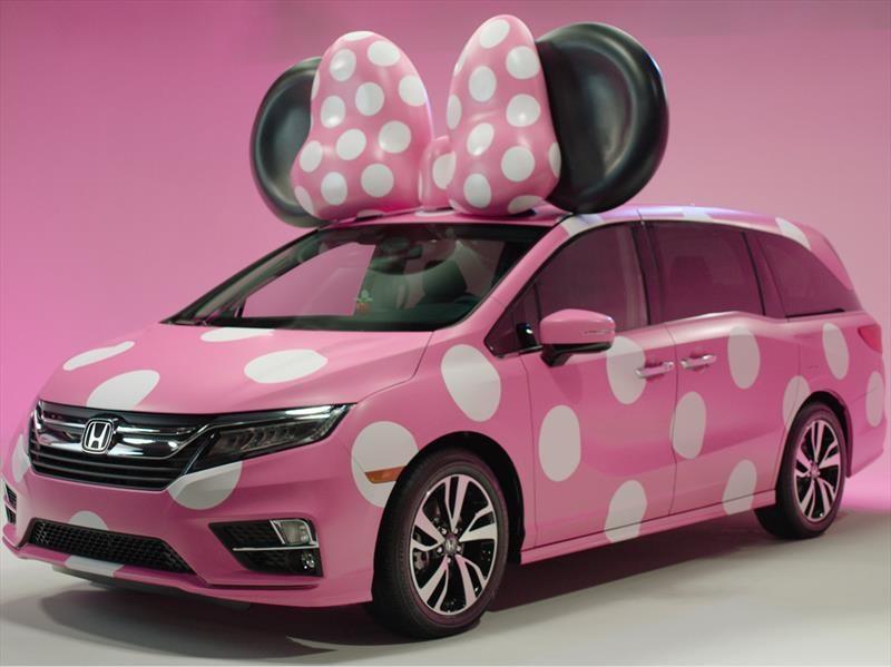 Conoce la Honda Odyssey inspirada en Minnie Mouse