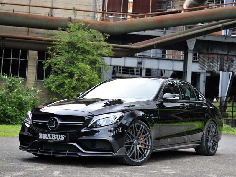 Mercedes-AMG C63 S por Brabus, intimidante