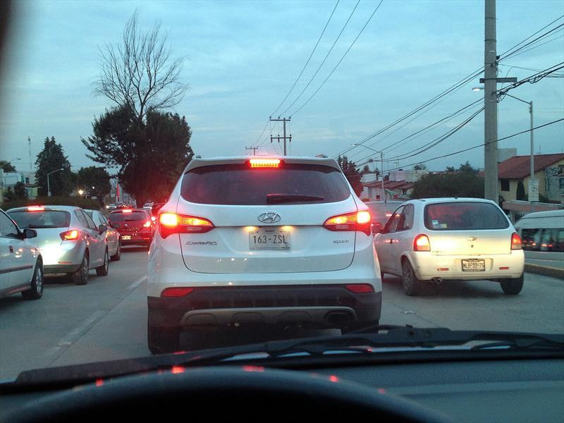 Hyundai Santa Fe 2015 espiada en México