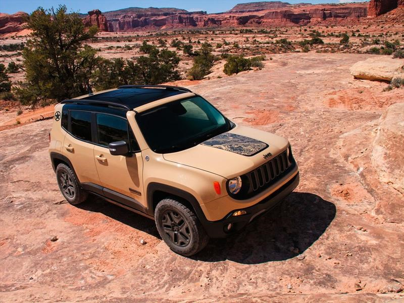 Jeep Renegade Deserthawk 2017 debuta