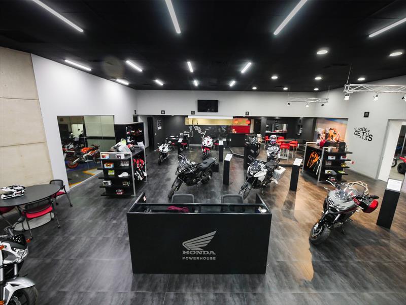 Venta De Autos Usados >> Honda abre nueva agencia de motos Powerhouse en México