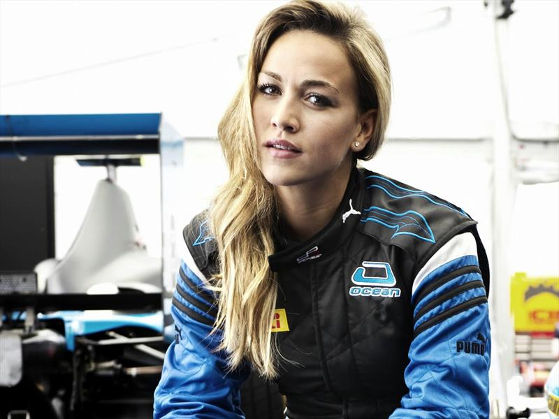 Pilotos de carreras mujeres