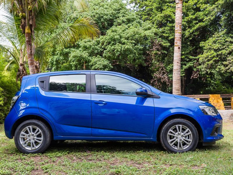 Chevrolet Sonic 2017 se actualiza