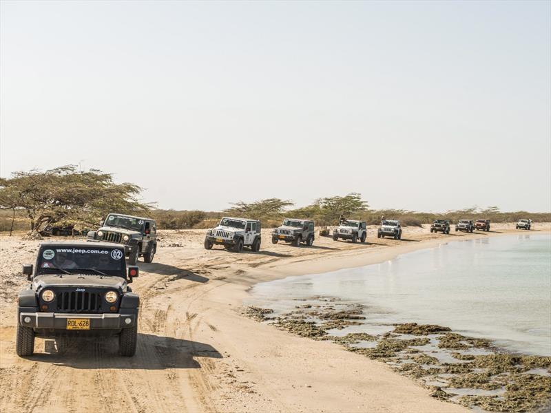 Jeep festeja el día mundial de vehículos todoterreno