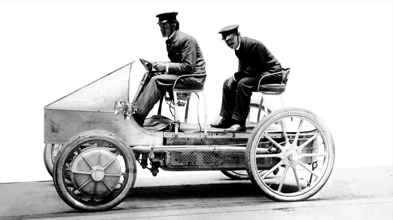 La evolución de la movilidad eléctrica en la historia de Porsche
